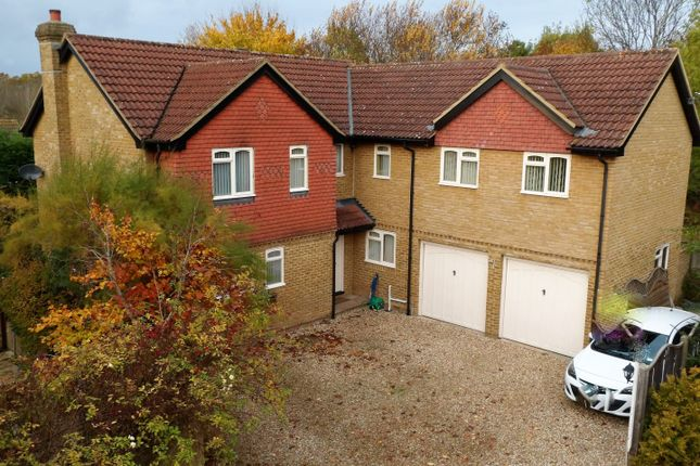 Thumbnail Detached house for sale in Wiltshire Grove, Warfield