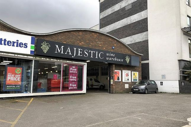 Thumbnail Retail premises to let in Majestic Wine, Rocky Hill, London Road, Maidstone, Kent