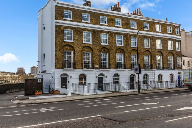 Thumbnail Flat to rent in Parkway, Regents Park