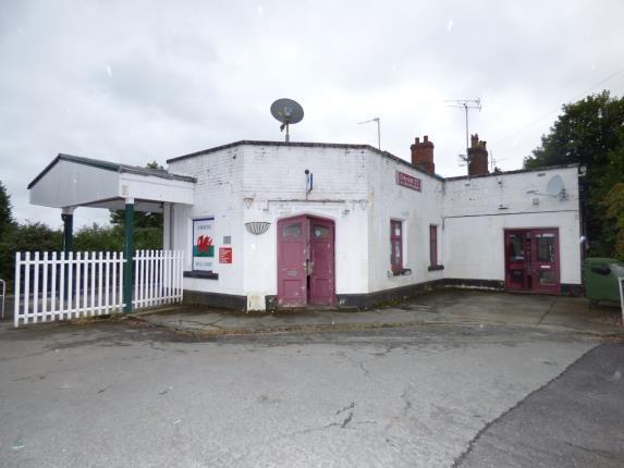 Thumbnail Retail premises for sale in Station Square, Criccieth, Gwynedd