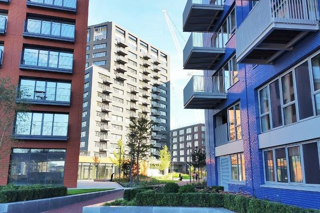 Thumbnail 1 bed flat for sale in London City Island, Bridgewater House, Canning Town, London