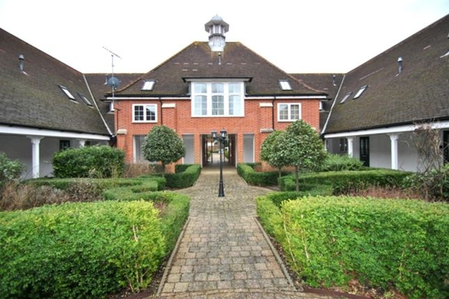 Thumbnail Flat for sale in Principal Court, Letchworth Garden City