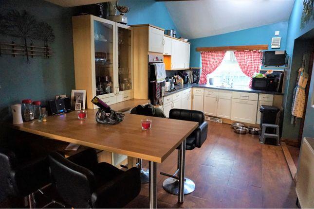 Kitchen of Albert View, Halifax HX2