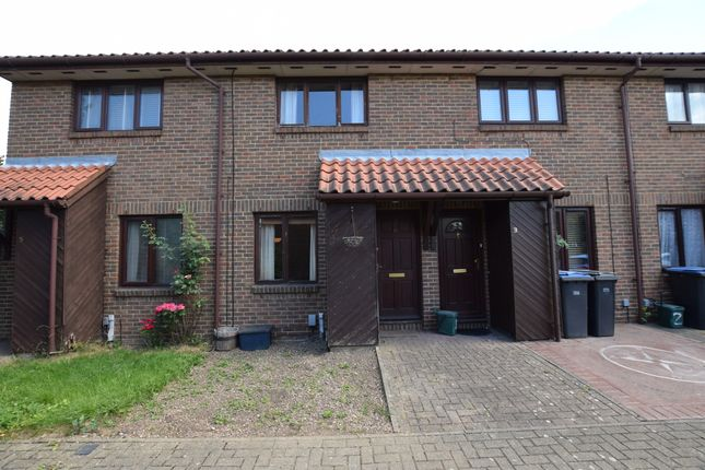 Thumbnail Terraced house for sale in Aylets Field, Harlow