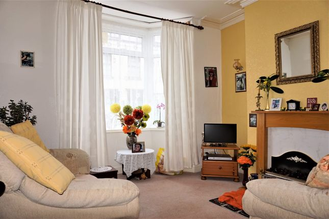 3 bed terraced house for sale in Union Street, Scarborough