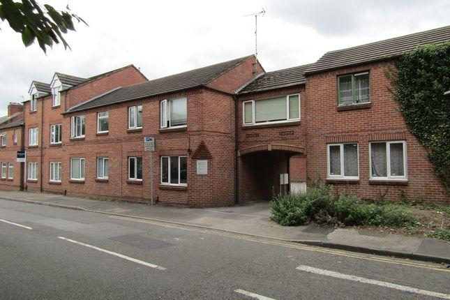 Thumbnail Flat to rent in Kedleston Gardens, Derby