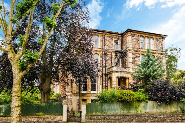 Thumbnail Flat for sale in Apsley Road, Clifton
