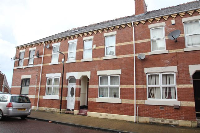 Thumbnail Terraced house for sale in Byrom Street, Old Trafford, Manchester