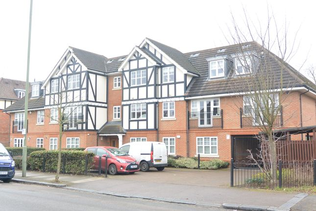 Thumbnail Flat to rent in Holders Hill Road, Mill Hill