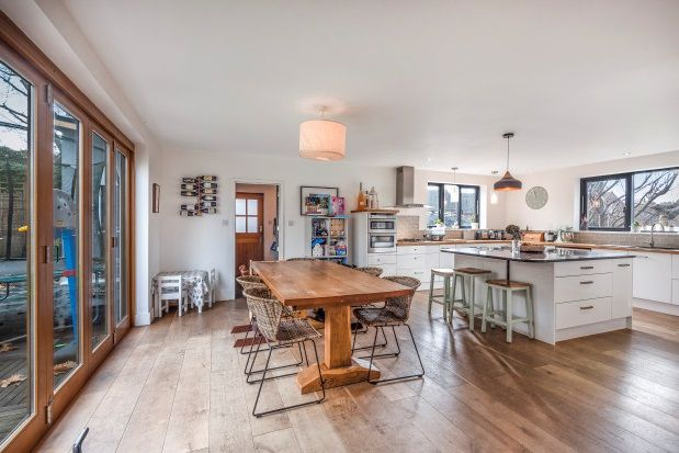 Thumbnail Property to rent in Southern Road, Lymington