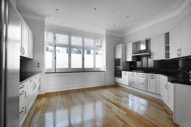 Thumbnail Terraced house to rent in Campden House Terrace, London