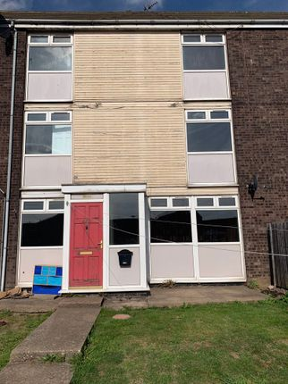 Thumbnail Terraced house for sale in St Ives Close, Hull
