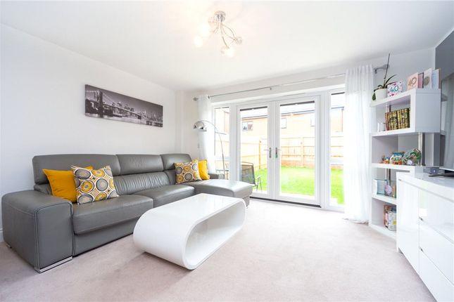 Living Room of Coley Avenue, Reading, Berkshire RG1