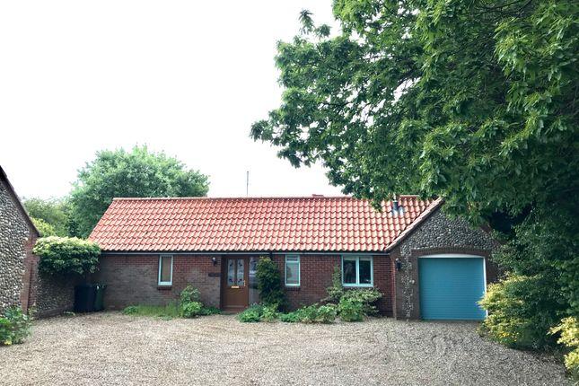 Thumbnail Detached bungalow to rent in High Street, Blakeney, Norfolk