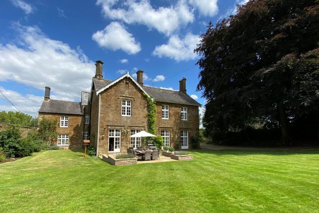 Thumbnail Country house for sale in Upper Tadmarton, Banbury, Oxfordshire