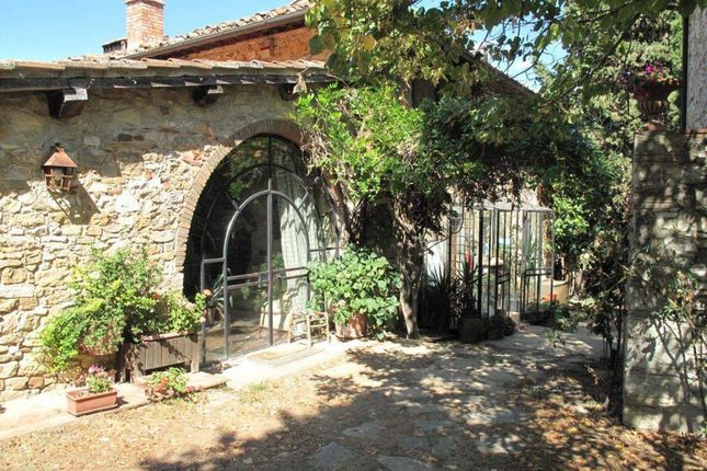 8 bed town house for sale in Località S. Cresci, 50022 Greve In Chianti Fi, Italy
