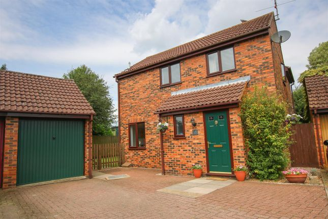 4 bed detached house for sale in Nan Aires, Wingrave, Aylesbury