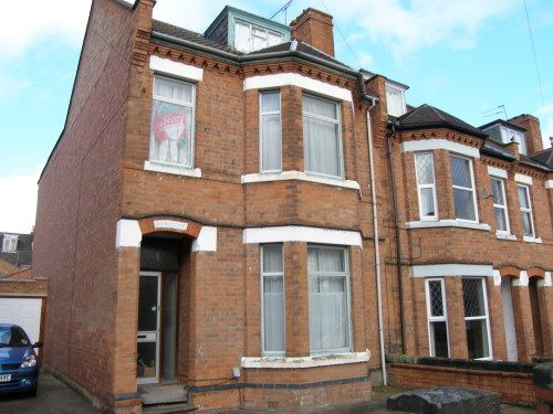 Thumbnail 7 bedroom end terrace house to rent in Claremont Road, Leamington Spa