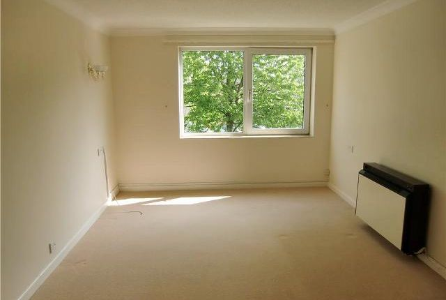 Thumbnail Flat to rent in Hometree House, London Road, Bicester, Oxfordshire