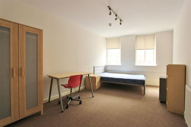 Thumbnail Shared accommodation to rent in Princess House, Queen Street, Sheffield