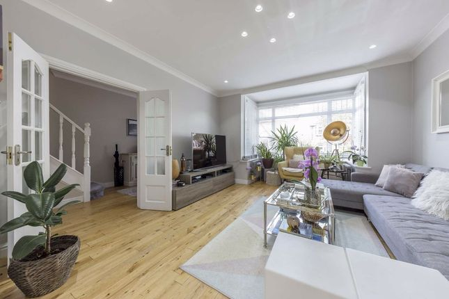 Thumbnail Terraced house to rent in Lynwood Road, London