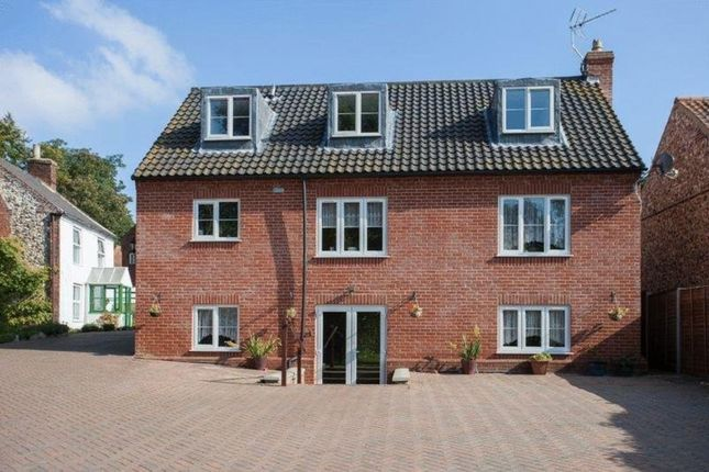 Thumbnail Detached house for sale in High Street, Coltishall, Norwich