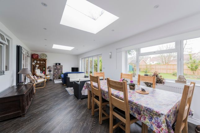 3 bed detached bungalow for sale in Badwell Ash, Bury St Edmunds, Suffolk