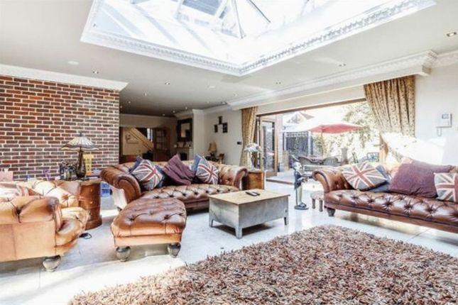 Thumbnail Detached house for sale in Ludlow Avenue, Luton