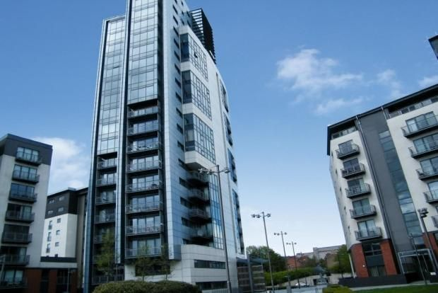 Thumbnail Flat to rent in Meadowside Quay Square, Glasgow Harbour, Glasgow