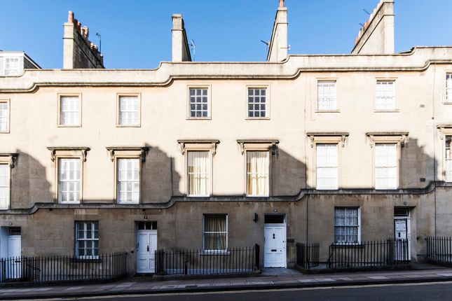 Thumbnail Flat to rent in Charlotte Street, Bath