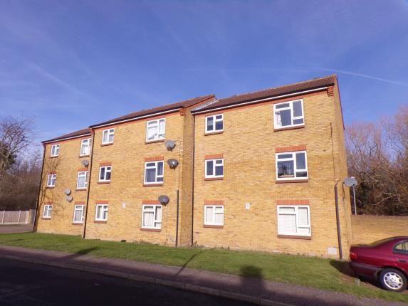 Thumbnail Flat for sale in Nursery Gardens, Laindon, Basildon