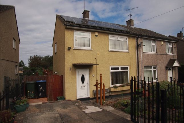 Picture No. 02 of Landscove Avenue, Bradford, West Yorkshire BD4