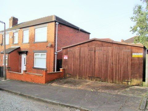 Thumbnail Terraced house to rent in Lindsay Street, Horwich, Bolton