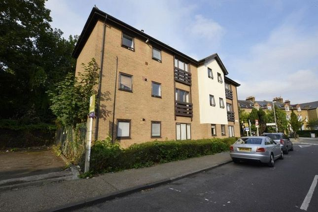 Thumbnail Flat to rent in Clifton Road, Kingston Upon Thames