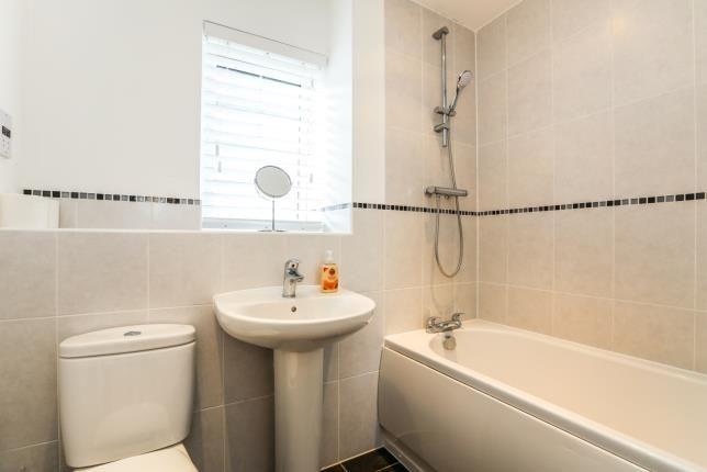 Bathroom of Wissen Drive, Letchworth Garden City, Hertfordshire, England SG6