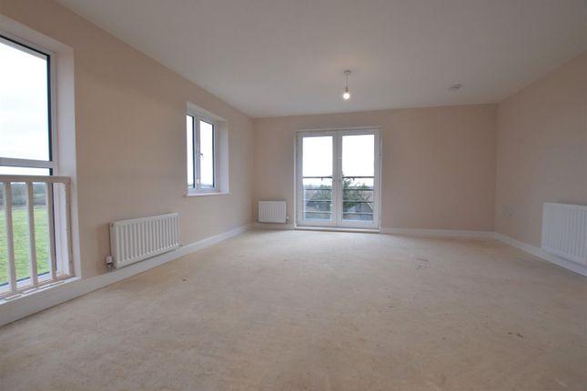 Living Room of Southfield Parade, Maresfield Road, Barleythorpe LE15