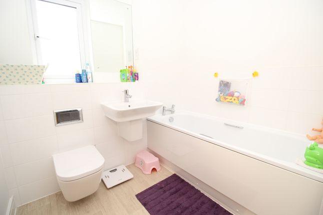 Family Bathroom of Chariot Drive, Kingsteignton, Newton Abbot, Devon TQ12