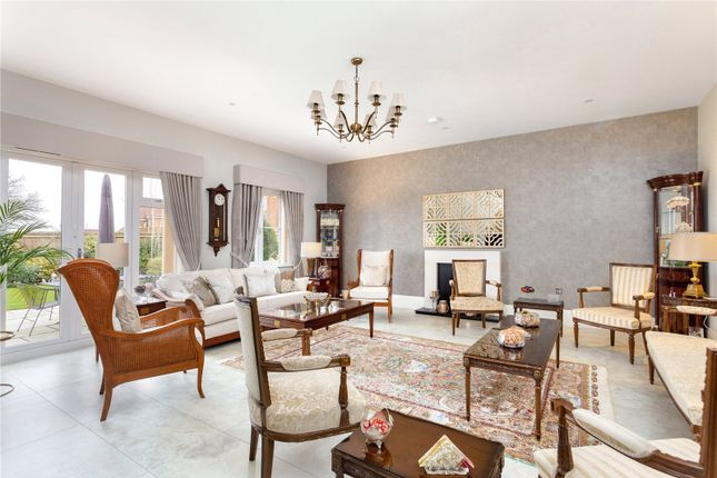 Picture No. 14 of Priest Hill Close, Epsom, Surrey KT17