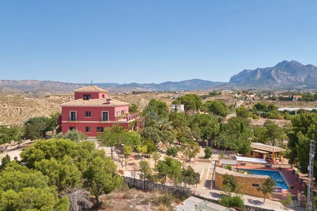 Thumbnail Chalet for sale in 03111 Busot, Alicante, Spain