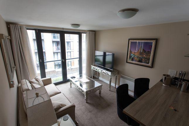 Flat to rent in St Johns Walk, Birmingham