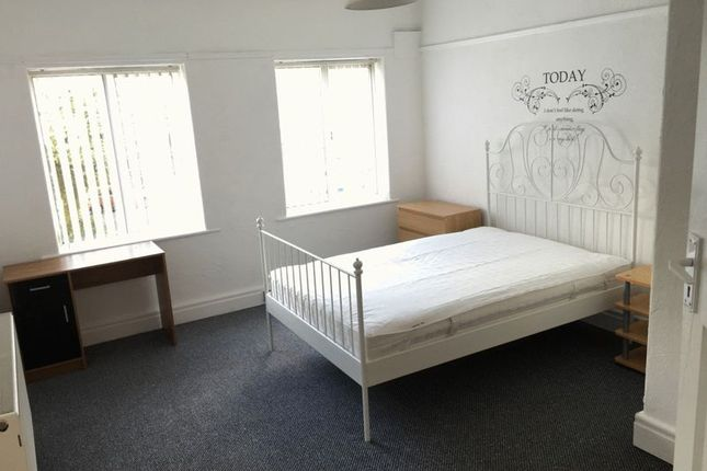 Thumbnail Shared accommodation to rent in Brodie Avenue, Allerton, Liverpool