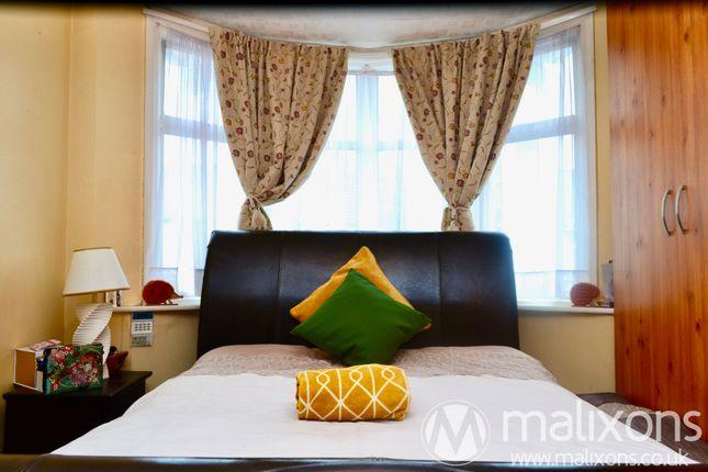 Bedroom of Oaklands Avenue, Thornton Heath CR7