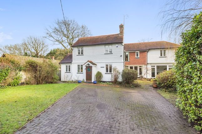 Thumbnail Detached house for sale in Lingfield Common Road, Lingfield