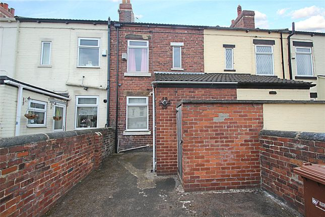Picture No. 10 of Longsight Terrace, Kinsley, Pontefract WF9