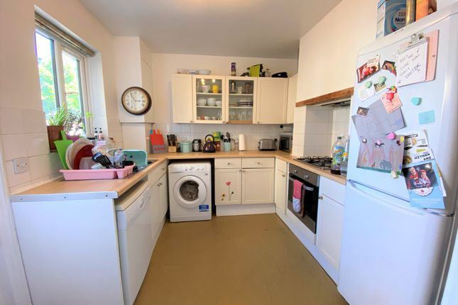Thumbnail Terraced house to rent in Balfour Road, Northfields, London