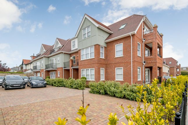 Thumbnail Flat for sale in Harold Road, Frinton-On-Sea