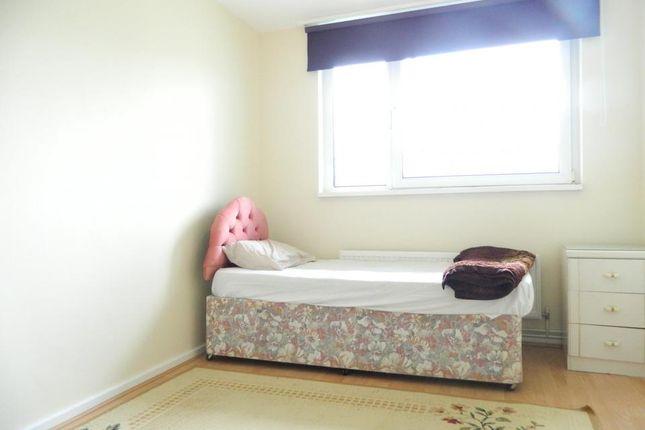 Master Bedroom of Poplar High Street, London E14