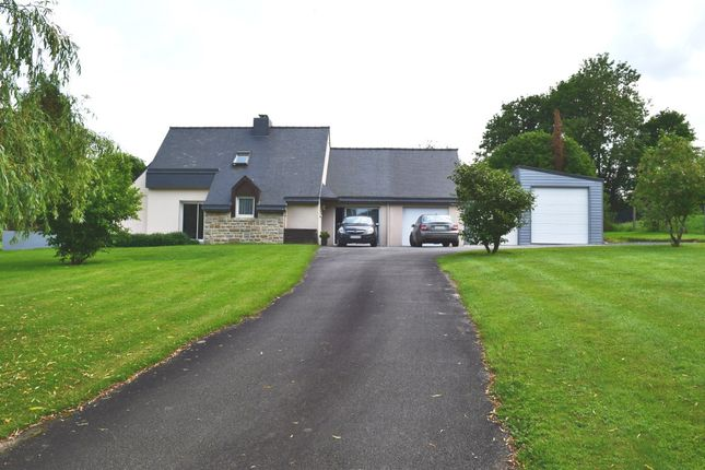 Thumbnail Detached house for sale in 22570 Plélauff, Brittany, France