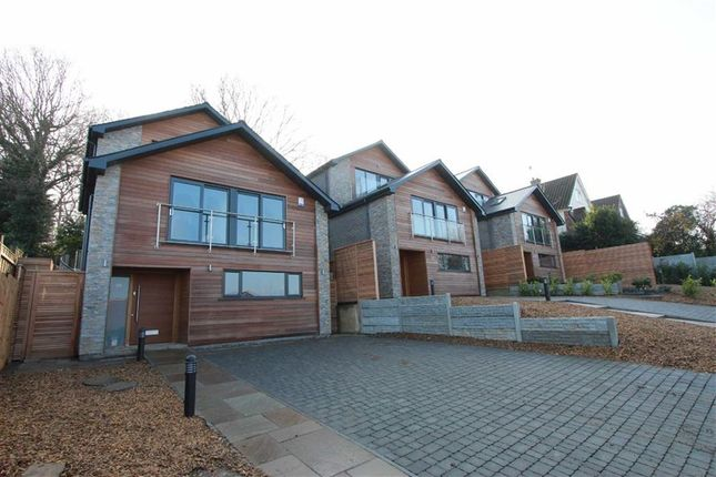 Thumbnail Detached house for sale in Hillview Road, Rayleigh, Essex