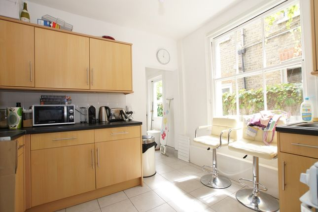 1 bed flat to rent in Bendemeer Road, Putney